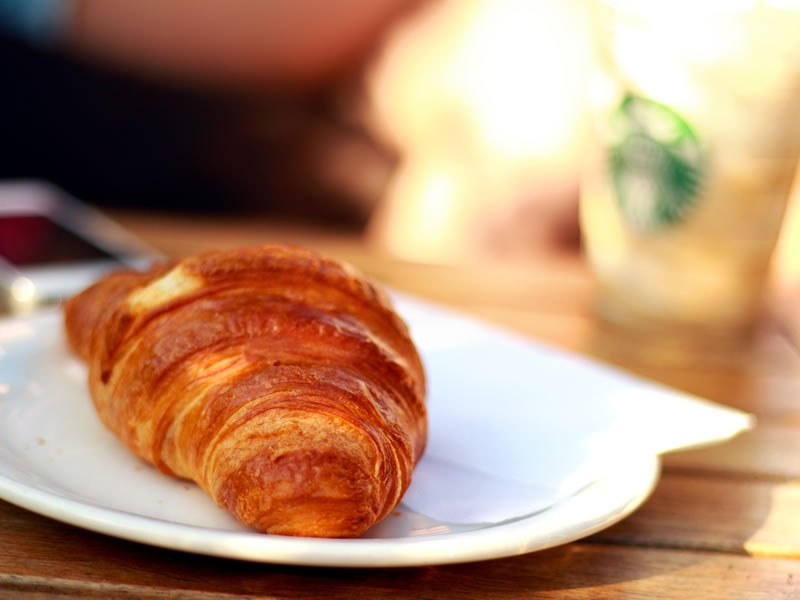 Our choice of breakfast bakery items include gorgeous warm croissants